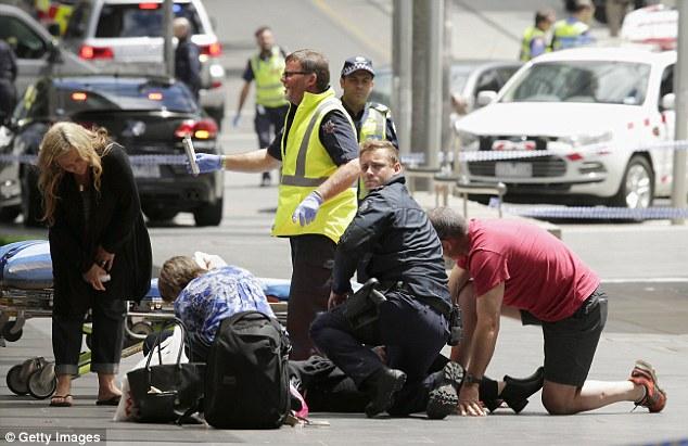 """Kết quả hình ảnh cho """"Xe điên"""" lao thẳng vào người đi đường tại Australia"""