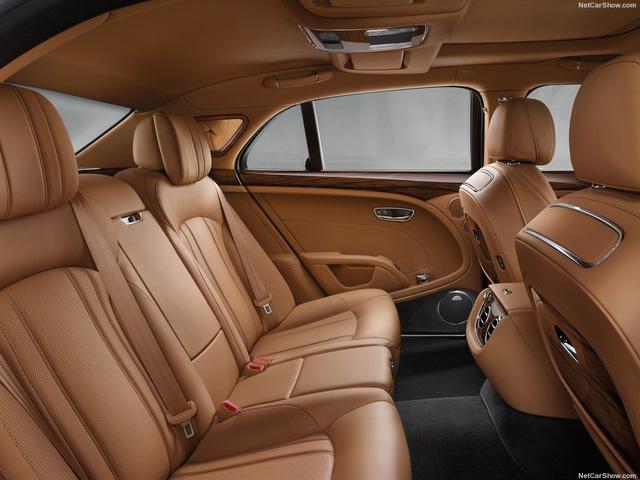 Xe siêu sang Bentley Mulsanne 2017 đầu tiên đặt chân đến Việt Nam - Ảnh 4.