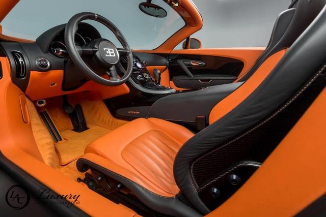 Võ sỹ triệu phú Floyd Mayweather rao bán cặp đôi siêu xe Bugatti Veyron - Ảnh 7.