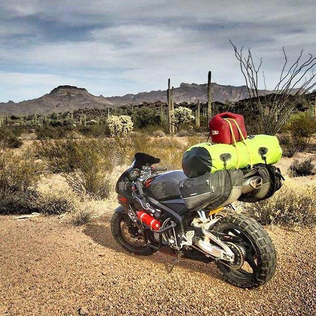 Làm quen với cô gái một mình đi vòng quanh thế giới bằng Honda CBR600RR - Ảnh 9.