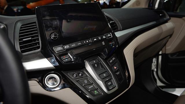 Xe gia đình lý tưởng Honda Odyssey 2018 đã xuất hiện tại các đại lý - Ảnh 6.