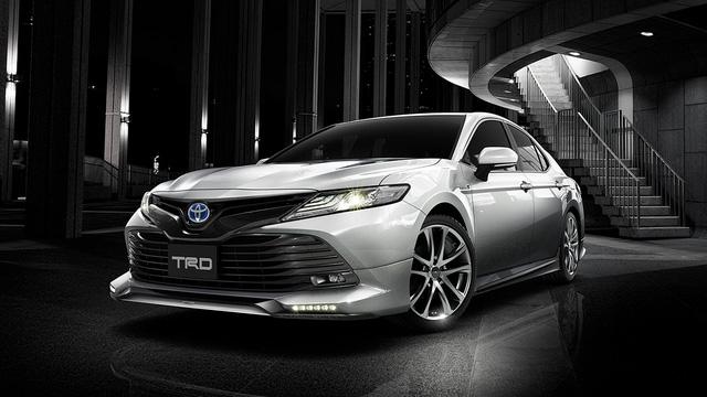 Bắt gặp Toyota Camry 2018 có thể về Việt Nam trên đường phố - Ảnh 5.