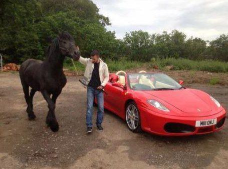 Triệu phú nhà đất tá hỏa khi biết chiếc Ferrari 458 Spider của mình bị cảnh sát nghiền nát - Ảnh 3.