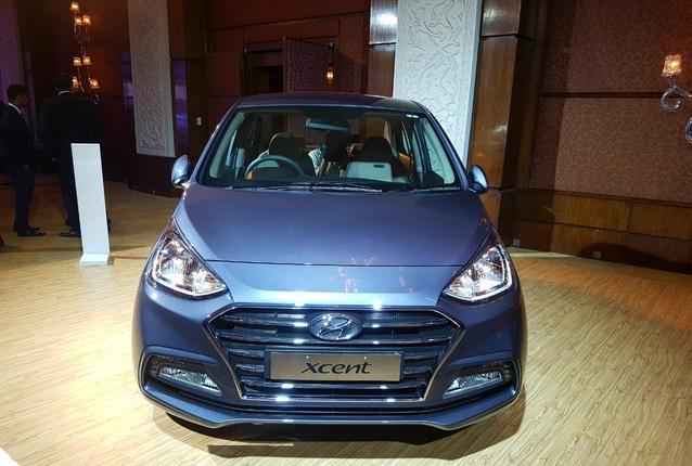 Video bắt gặp Hyundai Grand i10 Sedan 2017 trên đại lộ Thăng Long - Ảnh 3.
