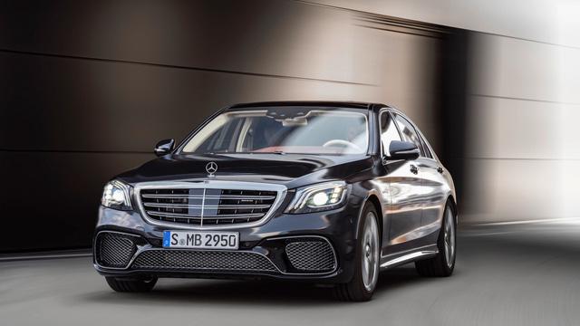 Bắt gặp đoàn tàu chở hơn 100 chiếc xe sang Mercedes-Benz S-Class 2018 - Ảnh 8.