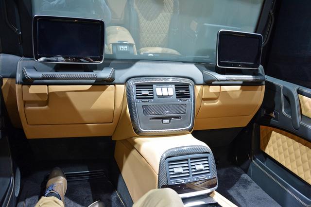 Bắt gặp SUV siêu sang Mercedes-Maybach G650 Landaulet chạy trên đường phố - Ảnh 7.