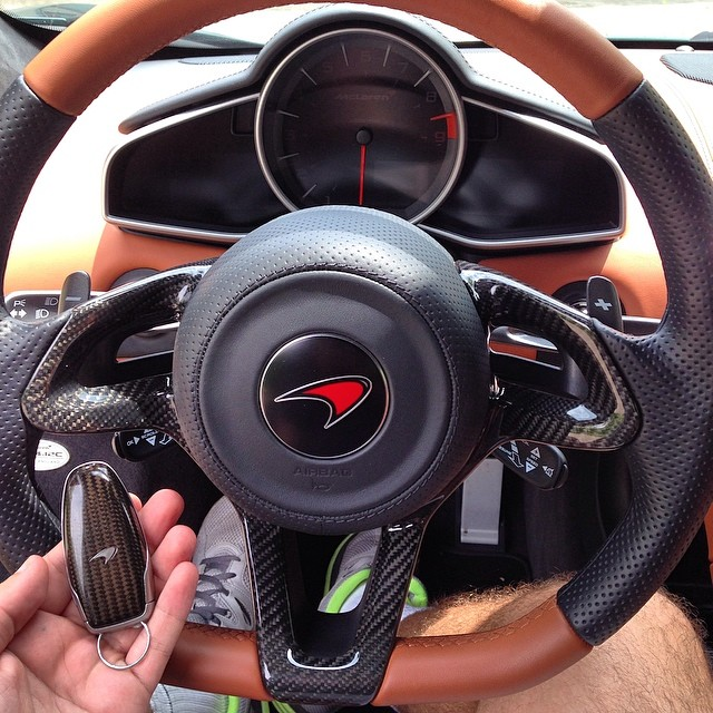 13 mẫu chìa khóa xe hơi ấn tượng, góp phần đưa việc lái ô tô lên một tầm cao mới - Ảnh 8.