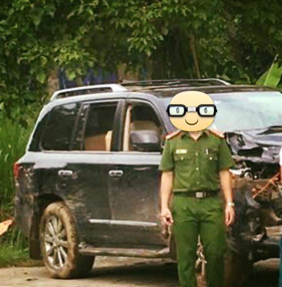 Hà Giang: Va chạm với Lexus LX570, hai thanh niên đi xe máy tử vong tại chỗ - Ảnh 2.