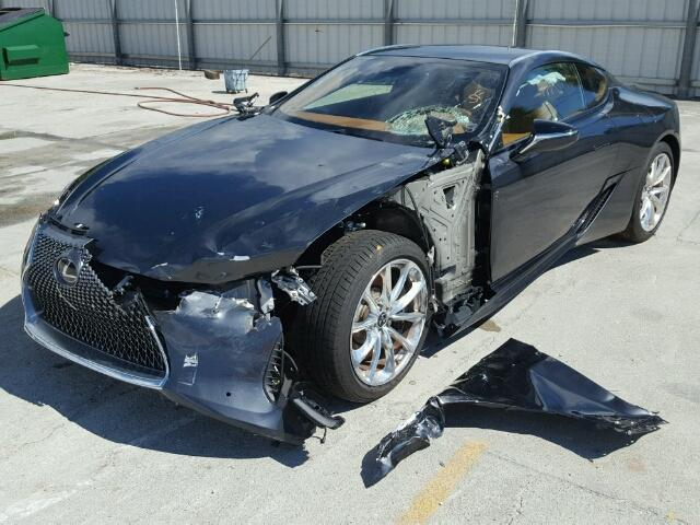 Đây có lẽ là chiếc xe sang Lexus LC500 2018 đầu tiên gặp nạn trên toàn thế giới - Ảnh 4.