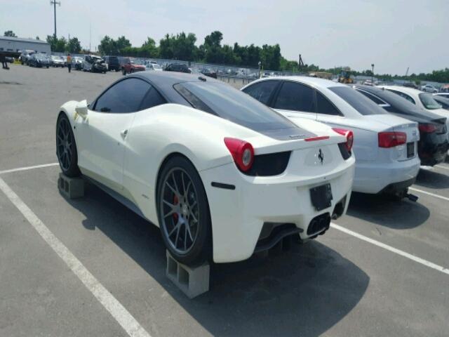 Siêu xe Ferrari 458 Italia ngập nước vẫn được trả giá cao - Ảnh 2.