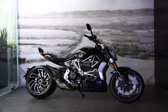 Ducati XDiavel 2018 đẹp mã hơn với màu sơn trắng mới - Ảnh 12.
