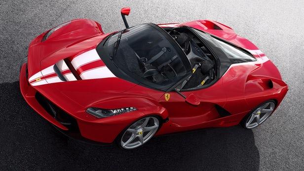 Siêu xe Ferrari LaFerrari Aperta cuối cùng xuất xưởng có giá choáng váng 227 tỷ Đồng - Ảnh 1.