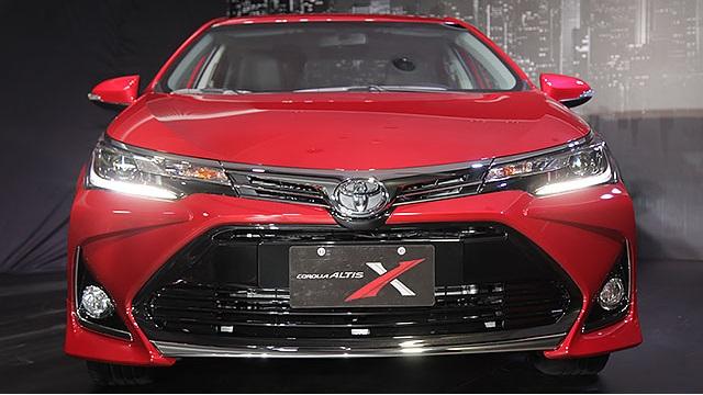 Diện kiến Toyota Corolla Altis 2017 với thiết kế khác xe mới ra mắt Việt Nam - Ảnh 4.