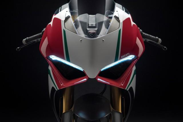 Mô tô đẹp nhất thế giới Ducati Panigale V4 sắp về Việt Nam - Ảnh 2.