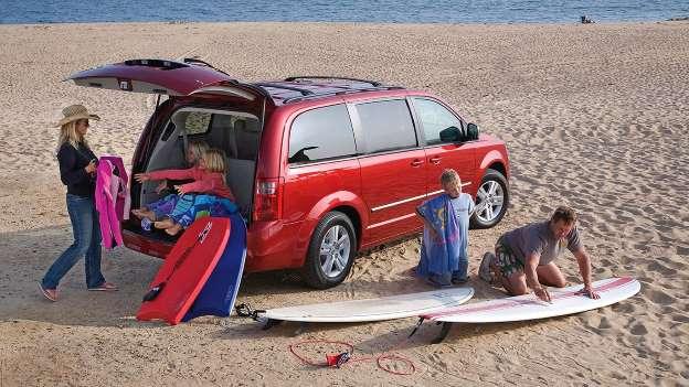 Chiếc xe gia đình nào khiến con bạn mê nhất? - Ảnh 11.