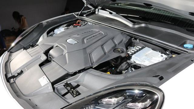 Porsche Cayenne thế hệ mới sắp được ra mắt tại Việt Nam - Ảnh 4.