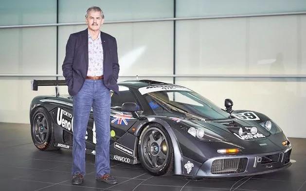 Khám phá bộ sưu tập xe cổ của cha đẻ McLaren F1 - Ảnh 1.