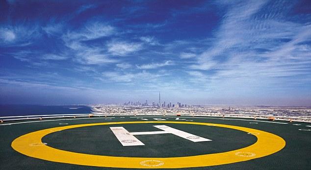 Vì sao bãi đáp máy bay trực thăng lại có chữ H? - Ảnh 2.