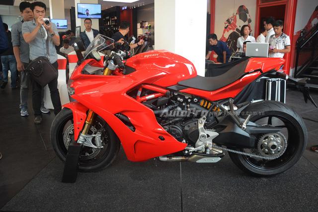 Cận cảnh Ducati SuperSport 2017 phiên bản S có giá 571 triệu Đồng - Ảnh 9.