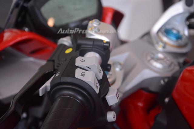 Cận cảnh Ducati SuperSport 2017 phiên bản S có giá 571 triệu Đồng - Ảnh 20.