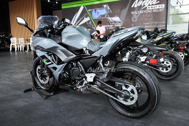 Kawasaki Ninja 650 2018 với màu sơn mới xuất hiện tại Việt Nam, giá bán 288 triệu Đồng - Ảnh 6.