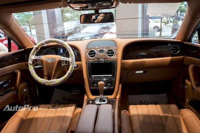 Sedan siêu sang Bentley Flying Spur W12 mang biển tứ quý 8 tại Hà Nội - Ảnh 6.