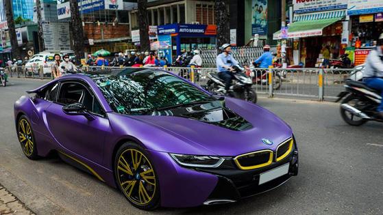 Bộ sưu tập BMW i8 đình đám của các thiếu gia miền Tây sông nước - Ảnh 7.