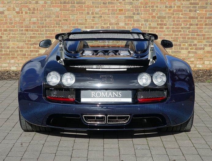 bugatti veyron grand sport vitesse ch y g n km v n c gi ch t. Black Bedroom Furniture Sets. Home Design Ideas
