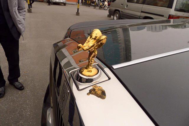 Rolls-Royce Phantom EWB Series II 28 tỷ Đồng làm xe rước dâu tại Hải Dương - Ảnh 5.