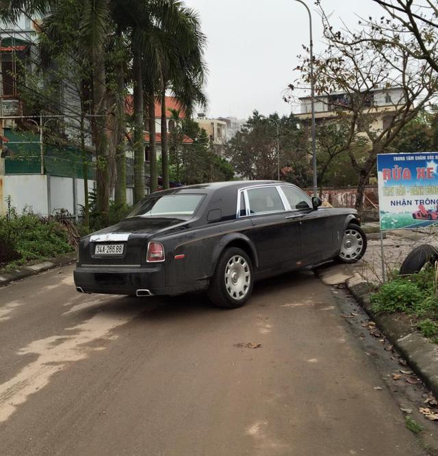 Rolls-Royce Phantom EWB Series II 28 tỷ Đồng làm xe rước dâu tại Hải Dương - Ảnh 3.