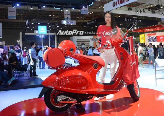 Siêu phẩm Vespa 946 màu đỏ rực có giá 405 triệu Đồng tại Việt Nam, đắt hơn cả Kia Morning - Ảnh 3.