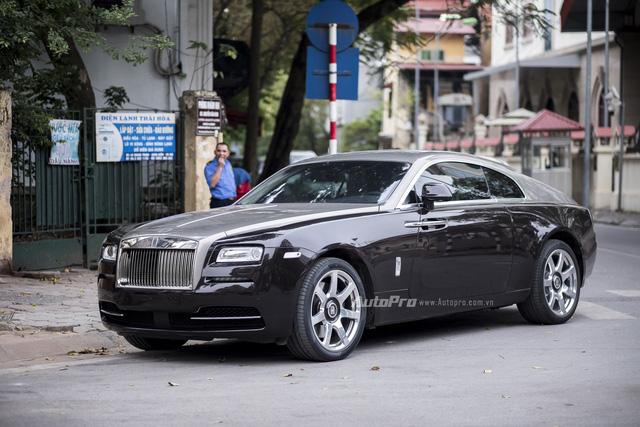 Khách mua Rolls-Royce đang được trẻ hoá - Ảnh 2.
