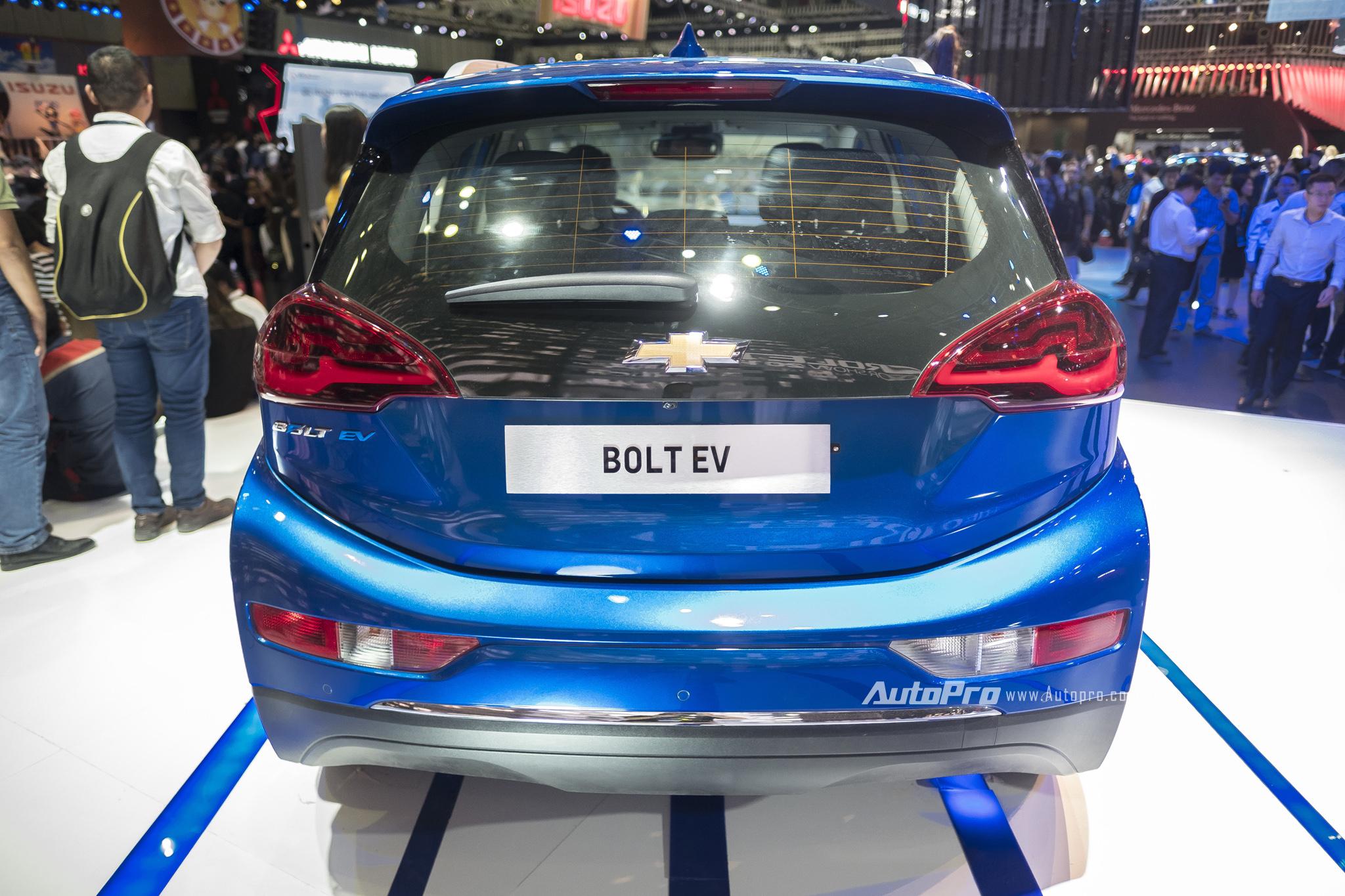 Khám phá xe xanh Chevrolet Bolt EV - Ảnh 2.