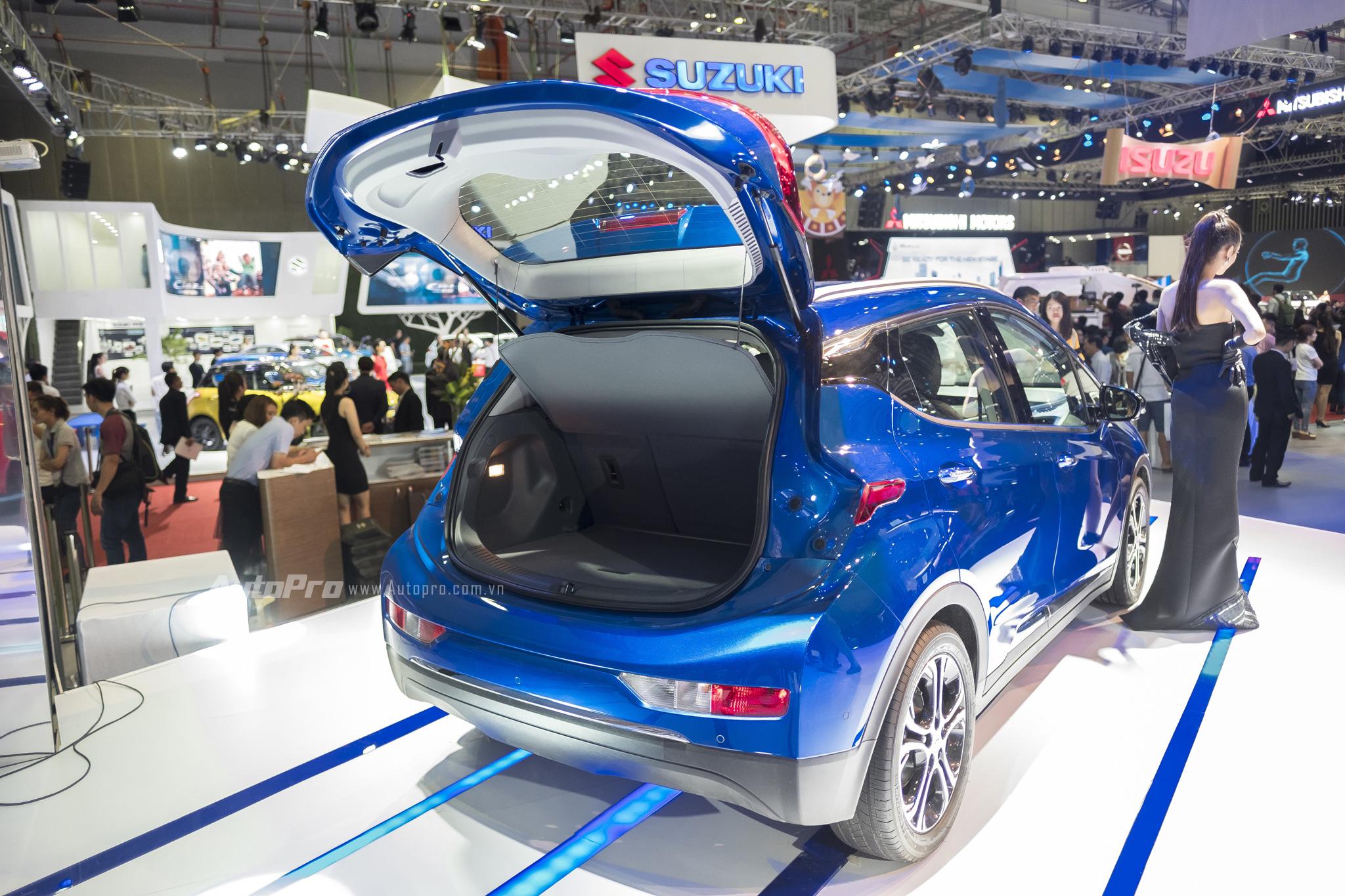 Khám phá xe xanh Chevrolet Bolt EV - Ảnh 3.