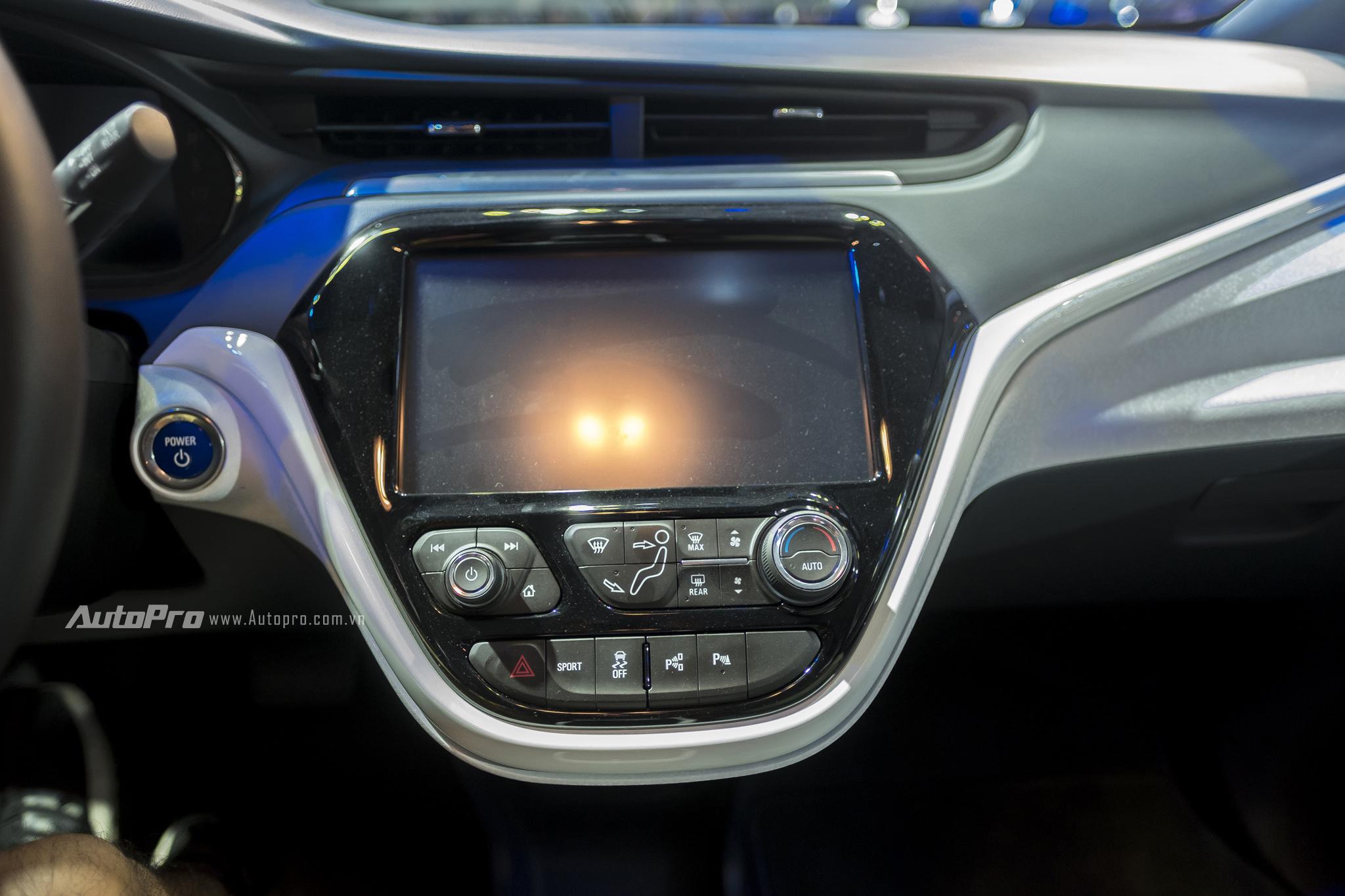 Khám phá xe xanh Chevrolet Bolt EV - Ảnh 14.
