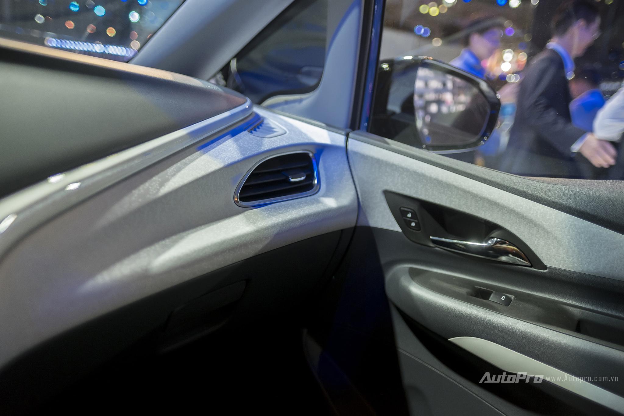 Khám phá xe xanh Chevrolet Bolt EV - Ảnh 17.