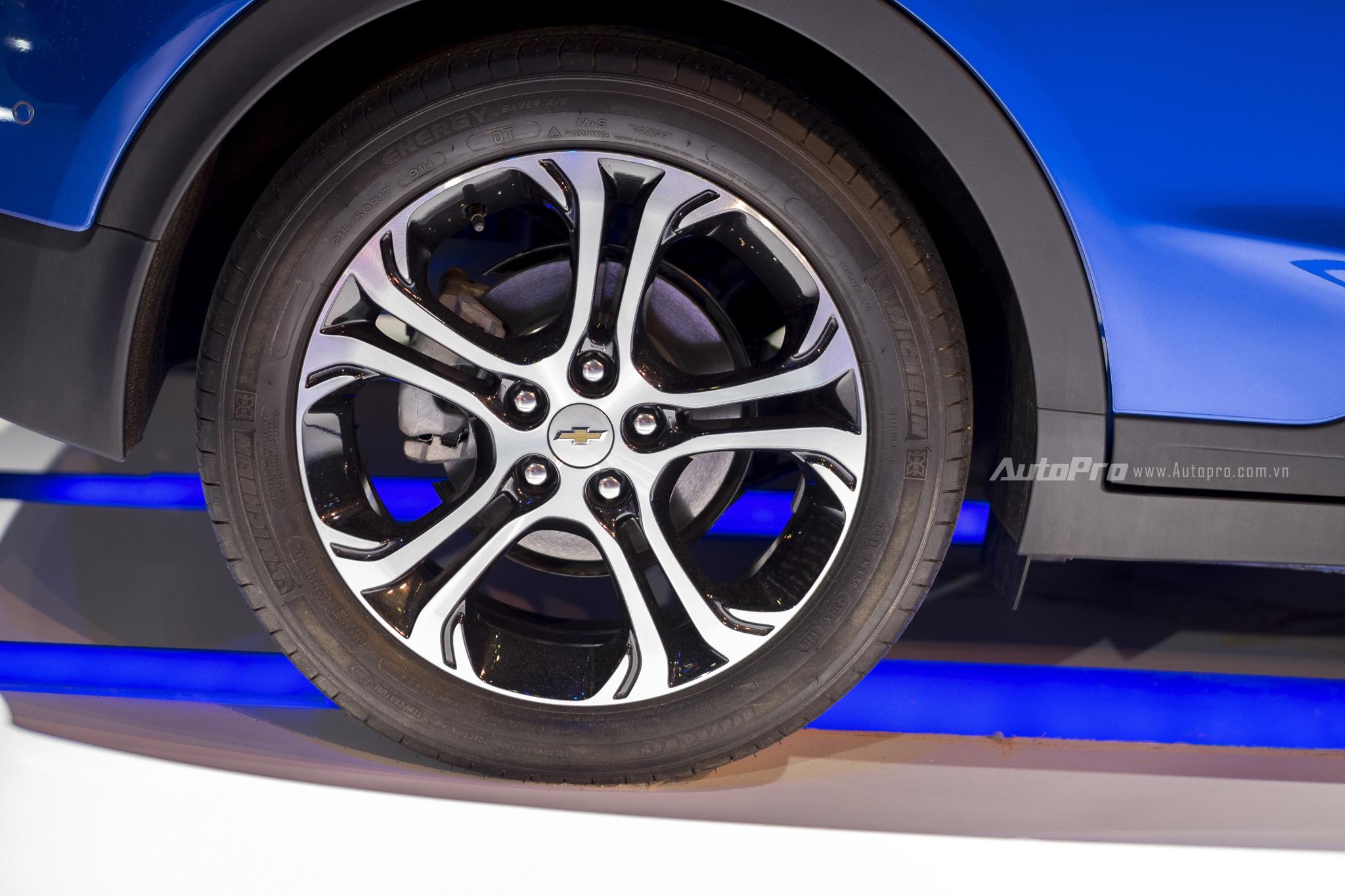 Khám phá xe xanh Chevrolet Bolt EV - Ảnh 7.