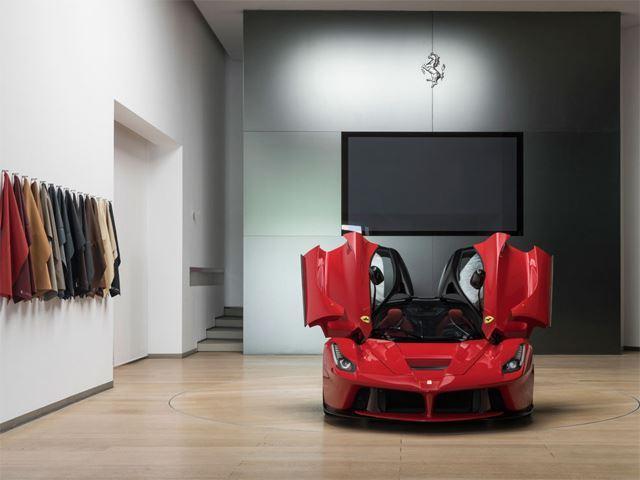 Ferrari LaFerrari mô hình 1:1 chuẩn bị được cho lên sàn, giá ước tính 35 tỷ Đồng - Ảnh 1.