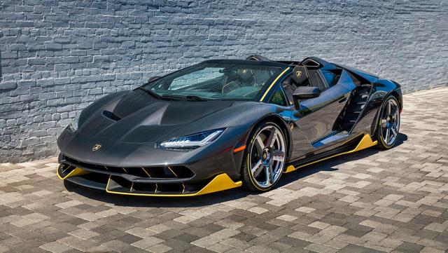 Hé lộ bộ sưu tập siêu xe cực khủng của chủ nhân chiếc Bugatti Chiron đang gây xôn xao mạng xã hội - Ảnh 3.