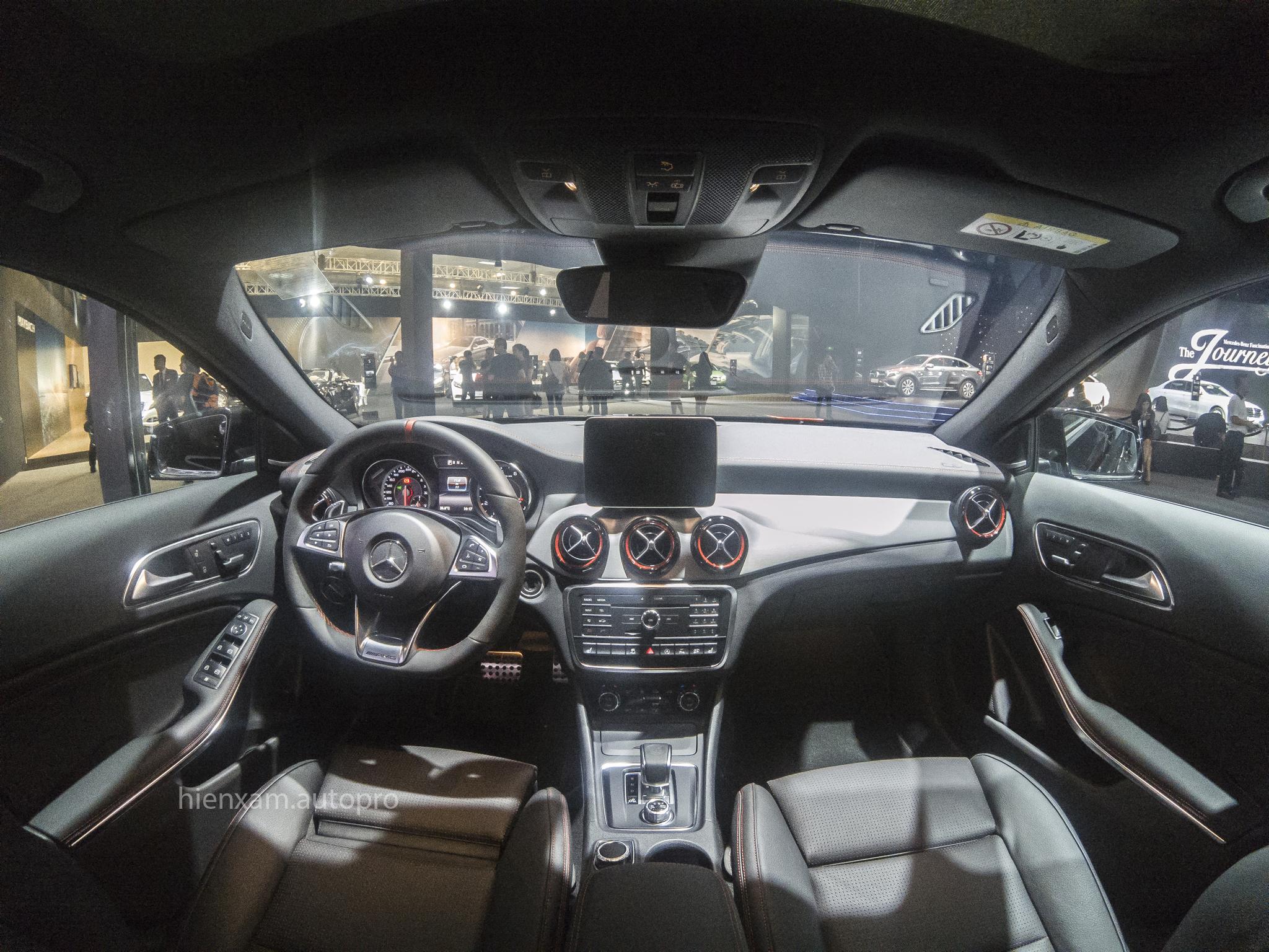 Cận cảnh Mercedes-Benz GLA 45 AMG giá 2,279 tỉ đồng - Ảnh 4.
