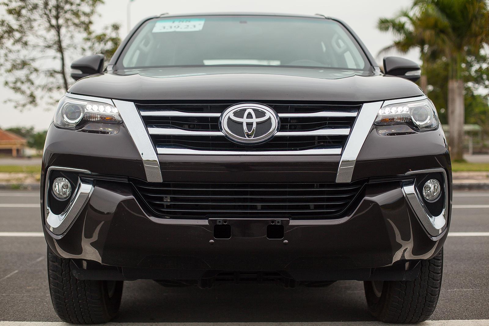 Toyota Fortuner 2017: Như hổ thêm cánh - Ảnh 5.