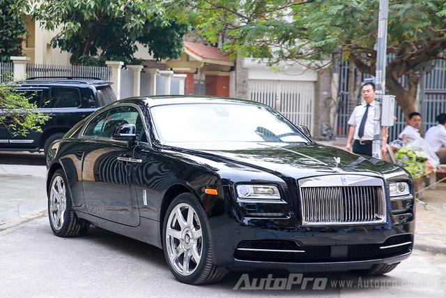 Khách mua Rolls-Royce đang được trẻ hoá - Ảnh 3.