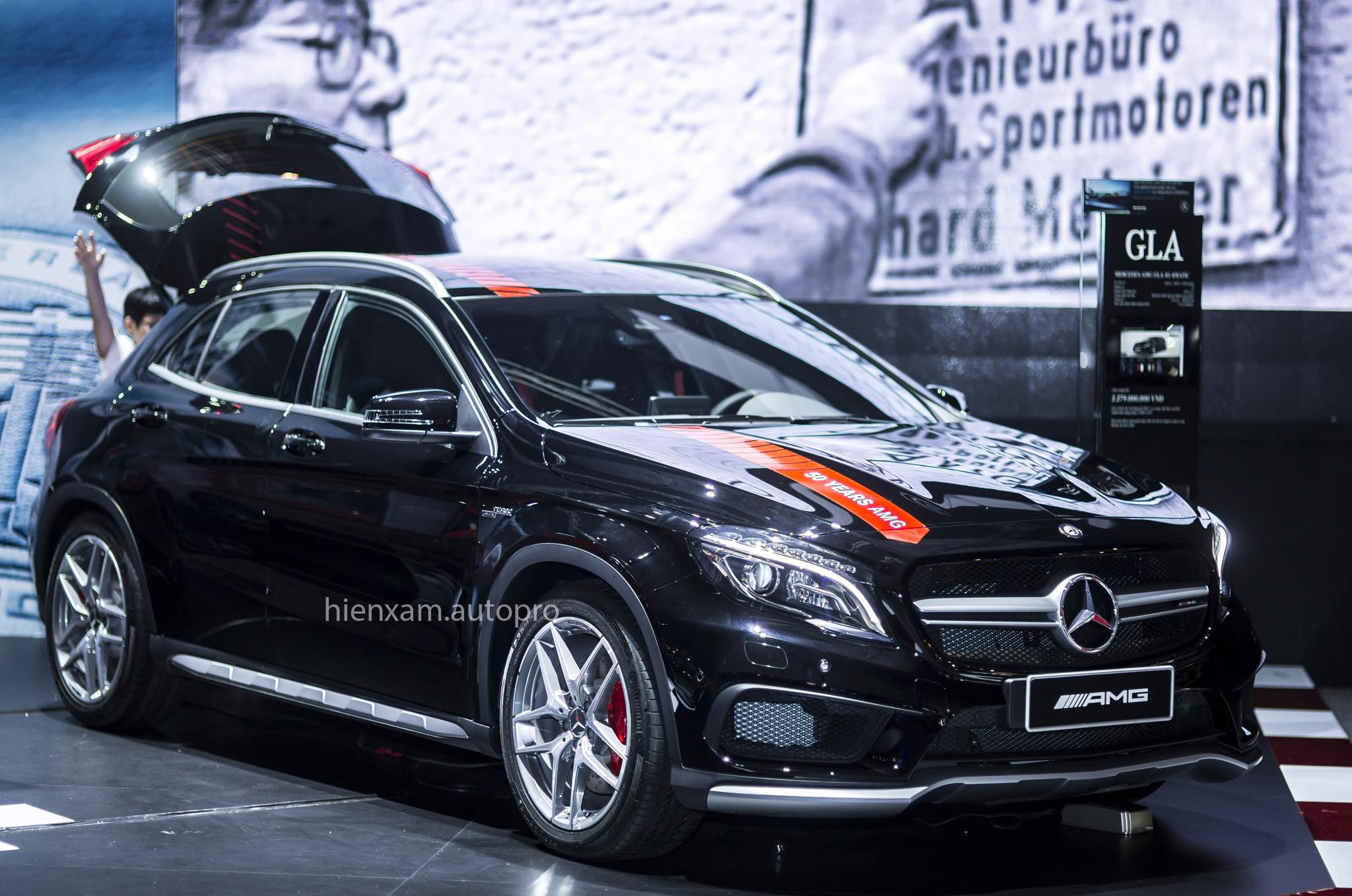 Cận cảnh Mercedes-Benz GLA 45 AMG giá 2,279 tỉ đồng - Ảnh 1.