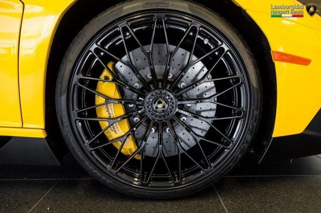 Siêu xe hàng hiếm Lamborghini Aventador SV 2017 rao bán 12,7 tỷ Đồng - Ảnh 9.
