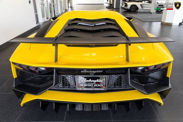 Siêu xe hàng hiếm Lamborghini Aventador SV 2017 rao bán 12,7 tỷ Đồng - Ảnh 14.