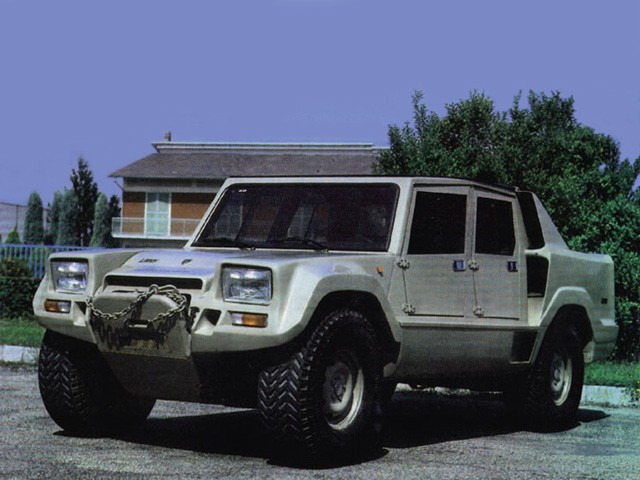 LM002 - SUV đầu tiên của Lamborghini và những góc khuất ít ai biết - Ảnh 7.