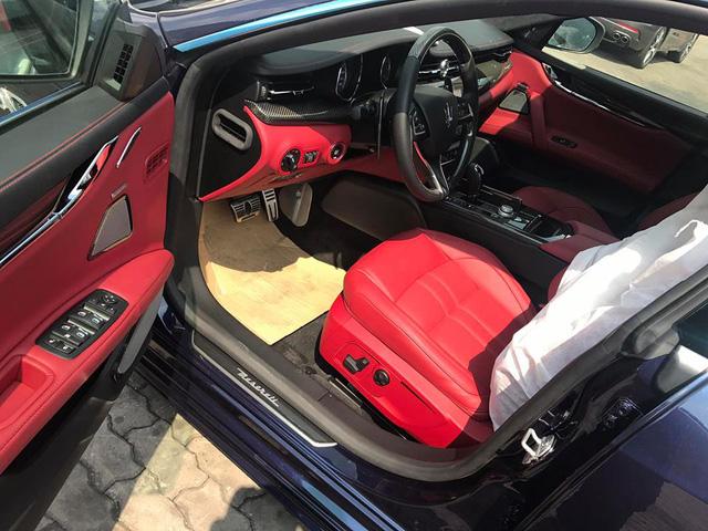 Maserati Quattroporte GranSport GTS 2017 giá 11,8 tỷ Đồng định cư tại Hà Nội - Ảnh 2.