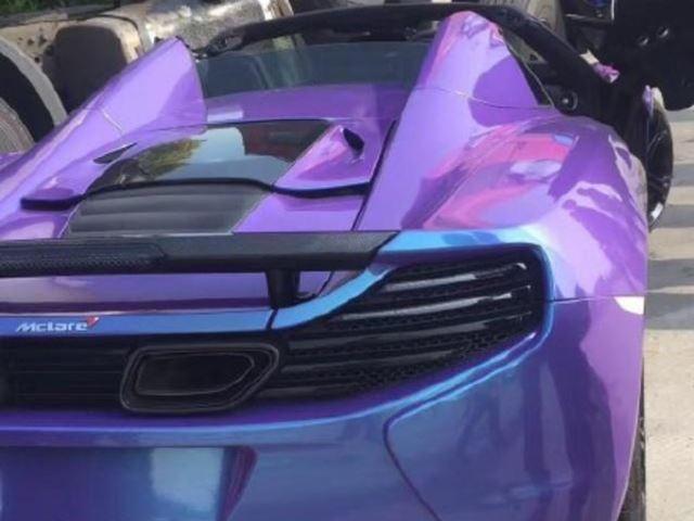 McLaren 650S Spider màu tím gặp nạn khi đua xe trên phố - Ảnh 4.