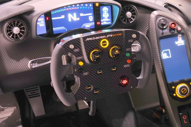 Đây là chiếc McLaren P1 GTR hiếm hoi hợp pháp lưu thông trên phố - Ảnh 8.