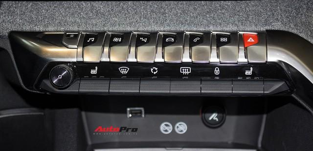 Trải nghiệm nhanh Peugeot 3008 lắp ráp trong nước - đối thủ Mazda CX-5, Honda CR-V tại Việt Nam - Ảnh 8.